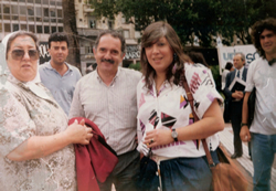 1989 Eve de Bonafini - Teresa Parodi - Luis Brunati - Marcha de la resistencia (Muñecos gigantes)